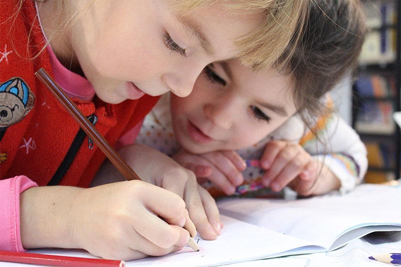 Tschechischkurse und Sprachunterricht für Kinder und Erwachsene